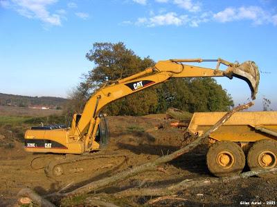 Para obras de construcción: empresas de desguaces maquinaria excavadoras